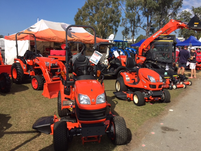 The David Evans Group and their Kubota lawn mowers at the Farm Fantastic Expo © GreenSocks