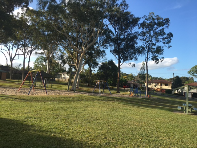 Here's Snowden Park - showing some good Alexandra Hills mowing © GreenSocks
