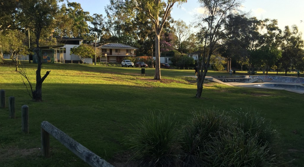 Green lawns mowed in Barbarella Park, Springwood © GreenSocks